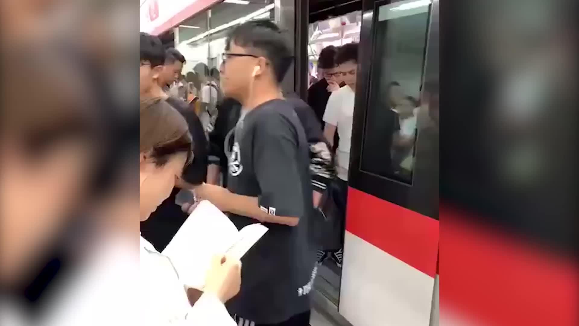 杭州地铁一号线暂时停运