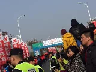 2017衢州马拉松第一名