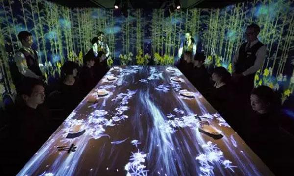 世界奇特餐厅 日本光影餐厅 打造美食光影盛宴