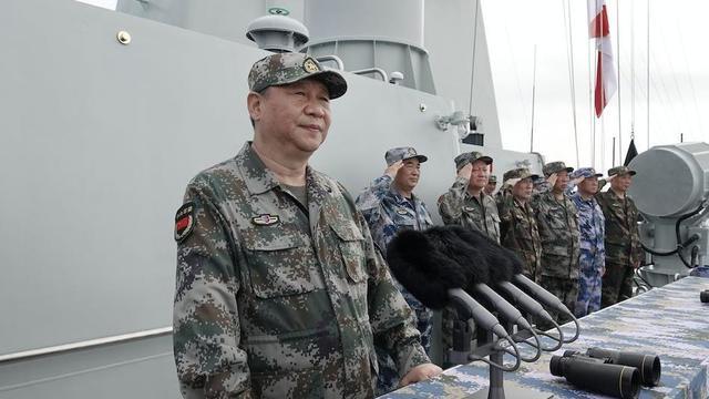[视频]习近平在出席南海海域海上阅兵时强调 深入贯彻新时代党的强军思想 把人民海军全面建成世界一流海军.mp4