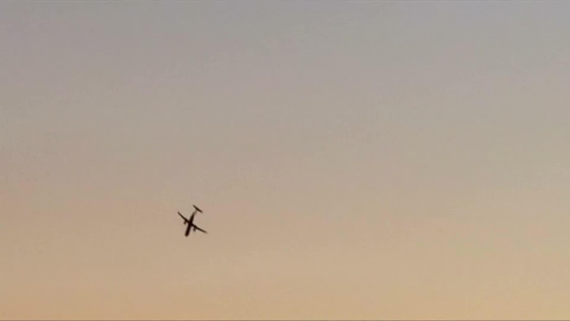 美国一男子偷飞机坠亡