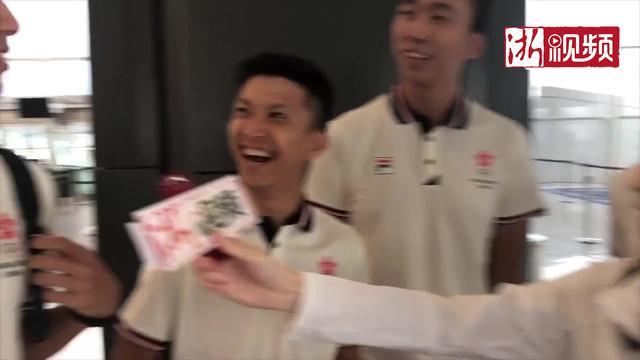 走近雅加达亚运会①偶遇中国跆拳道队和中国香港排球队