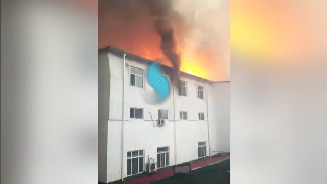 哈尔滨市松北区温泉酒店火灾发生现场视频